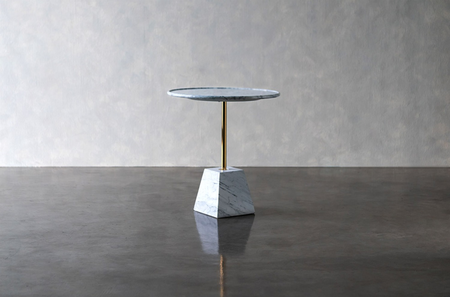Arabescato Marble Love Table